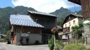 La place du village : Rencontres à Nécuday (La Léchère)