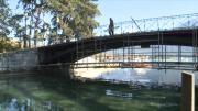 Annecy : Petit rafraîchissement du pont des amours