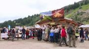 La place du village : Rencontres à la fête de la « Belle Dimanche » à Châtel (Part 2)