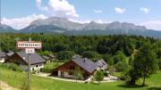 La place du village : Rencontres à Entrevernes