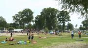 La Place du Village : Jour d'été à la plage d'Excenevex