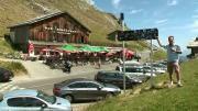 La place du village : Rencontre autour du Col de la Colombière