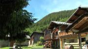 La Place du village : La vie en Haute Tarentaise vue par Christiane Thomas à Lachenal (Bozel)